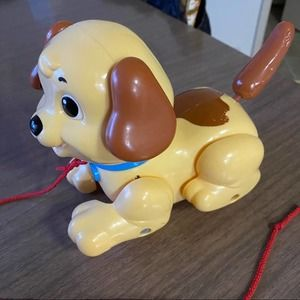 Fisher-Price Lil Snoopy Toy Pull Toy Wags Barks